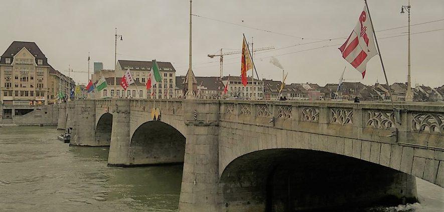 Basel Mittelere Rheinbrücke